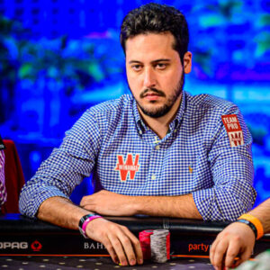 scoop adrian mateos wins fourth career title second of series